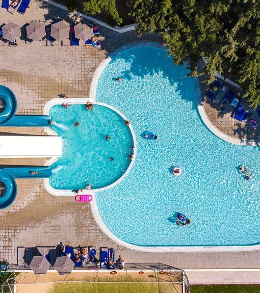 Προσφορές για το ξενοδοχείο Eden Roc Resort Με Νεροτσουλήθρες