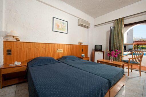 Heronissos Hotel προσφορά