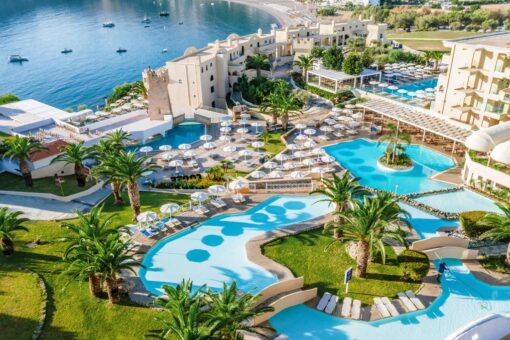Προσφορές για το ξενοδοχείο Lindos Royal Resort Με Νεροτσουλήθρες