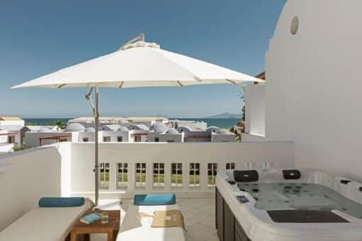Προσφορες Mitsis Blue Domes Resort & Spa