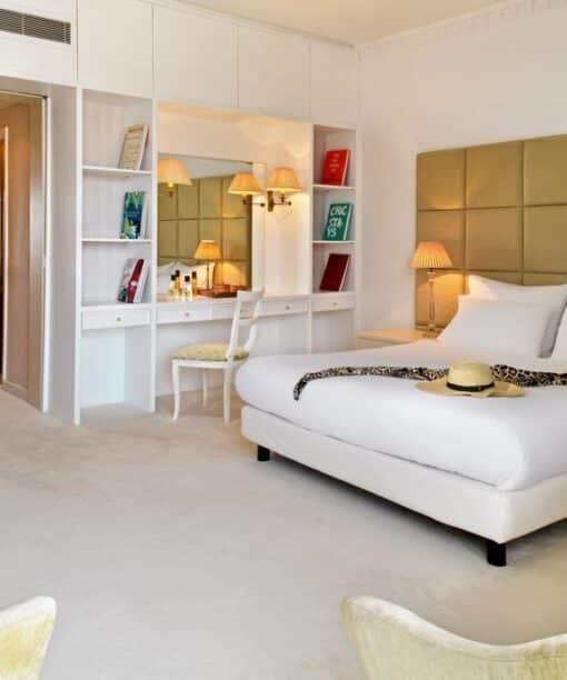 Hotel deal Mitsis Grand Beach Hotel