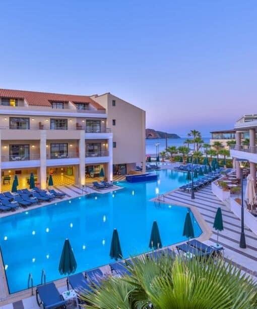 Προσφορές για το ξενοδοχείο Porto Platanias Beach Resort & Spa