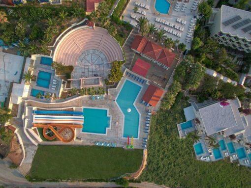 Προσφορές για το ξενοδοχείο Rethymno Mare & Water Park Με Νεροτσουλήθρες