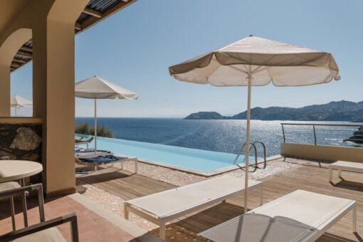 Προσφορες Sea Side Resort & Spa