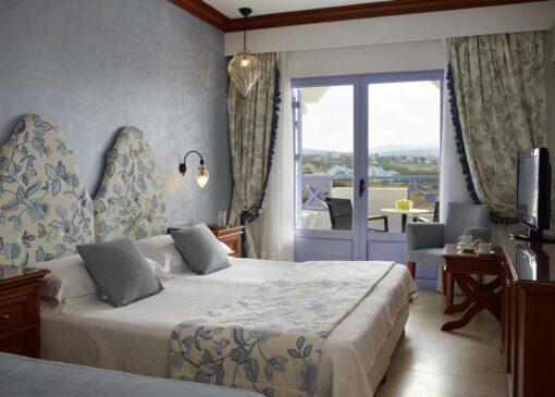 Hotel deal Serita Beach Hotel