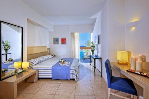 Hotel deal Sitia Beach