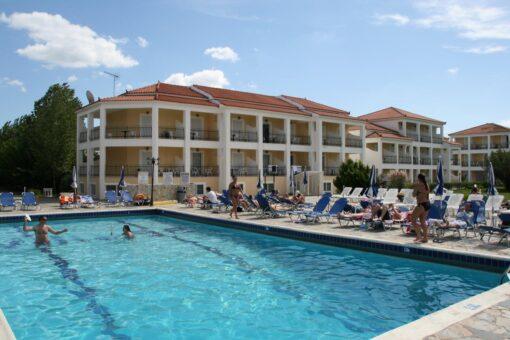 Προσφορές για το ξενοδοχείο Village Inn Studios& Family Apartments